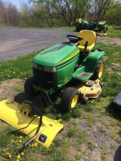 Riding Mower For Sale 2002 John Deere GT245 , 20 HP