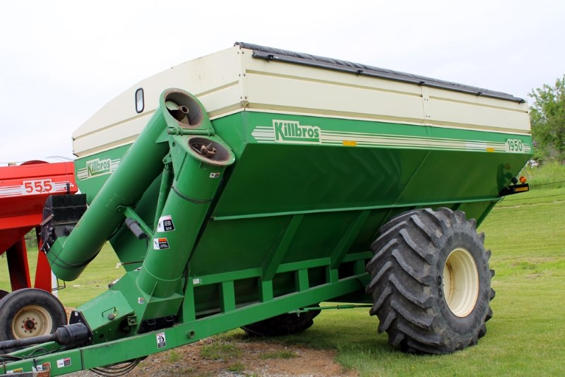 Killbros 1950 Grain Cart For Sale