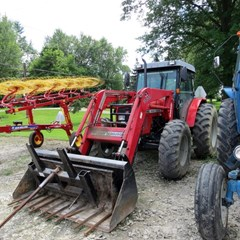 Tractor For Sale 2004 Massey Ferguson 492 , 99 HP