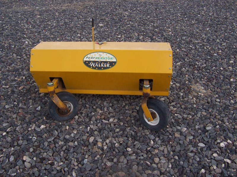 Walker PA6685 Aerator For Sale
