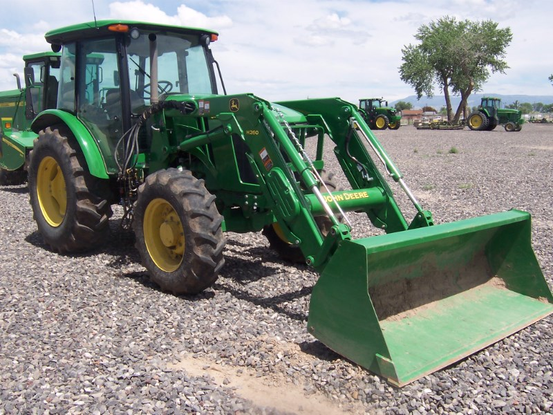 2013 John Deere 5085E Tractor For Sale