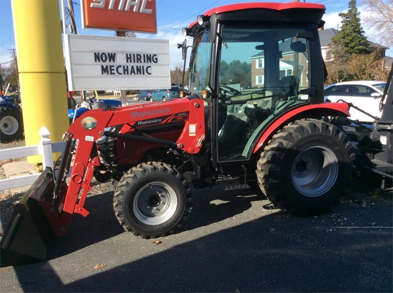 2016 Mahindra 2538 HST Tractor For Sale