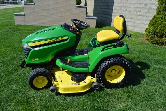 2016 John Deere X580 Riding Mower For Sale