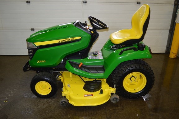 2016 John Deere X590 Riding Mower For Sale