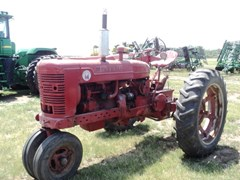 Tractor For Sale:  1940 IH M