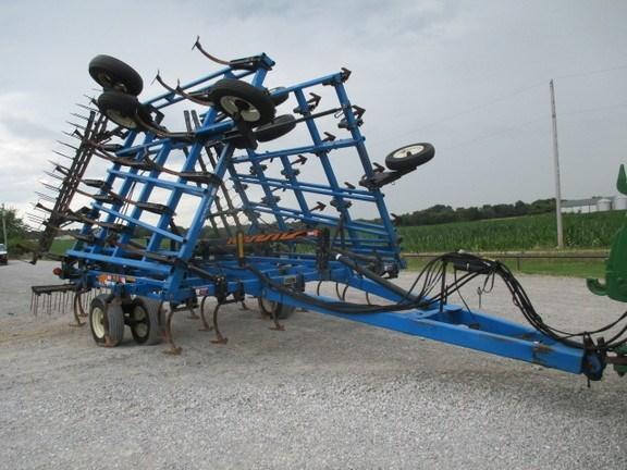 1998 DMI tiger mate II Field Cultivator For Sale