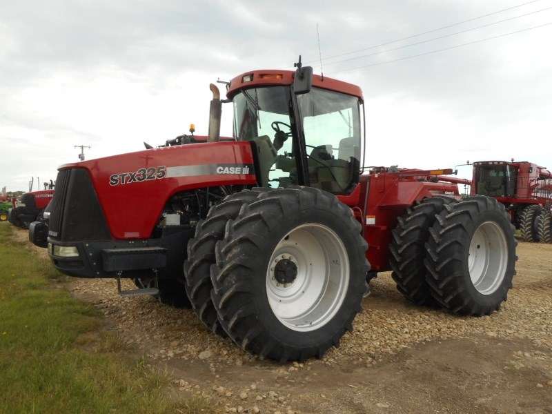 2005 Case IH STX325 Tractor For Sale