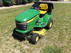 Riding Mower For Sale:  2007 John Deere X304 , 17 HP