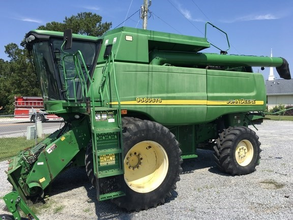 2006 John Deere 9560 STS Combine For Sale