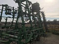 Field Cultivator For Sale:  2008 John Deere 2210