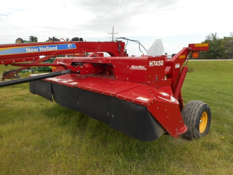 2013 New Holland H7450-14 Windrower-Pull Type For Sale