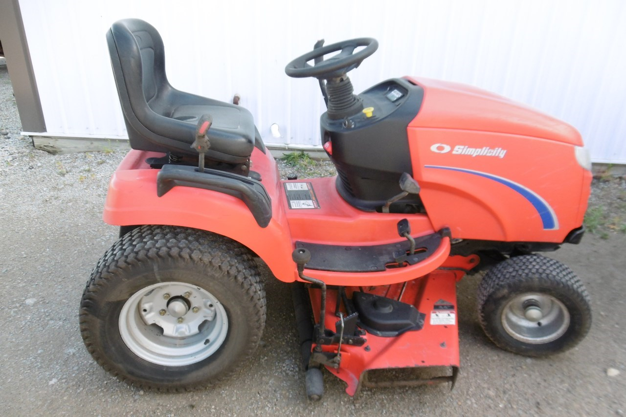 2004 Simplicity Conquest Riding Mower For Sale