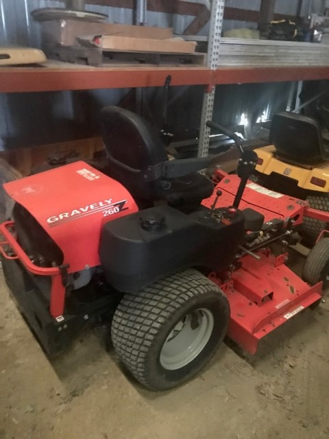2003 Gravely 260H Riding Mower For Sale