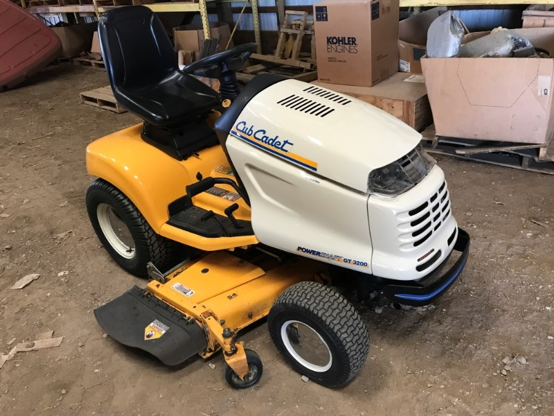 2008 Cub Cadet GT3208 Riding Mower For Sale
