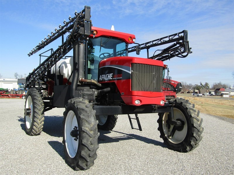 2010 Apache AS1010 Sprayer-Self Propelled For Sale