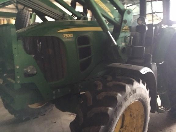 2011 John Deere 7530 Premium Tractor For Sale
