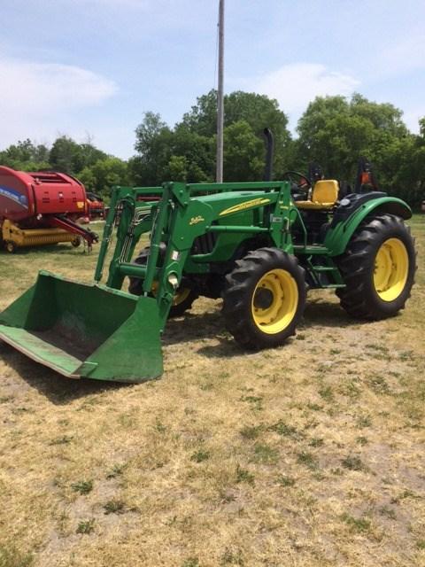 2005 John Deere 5425 Tractor For Sale