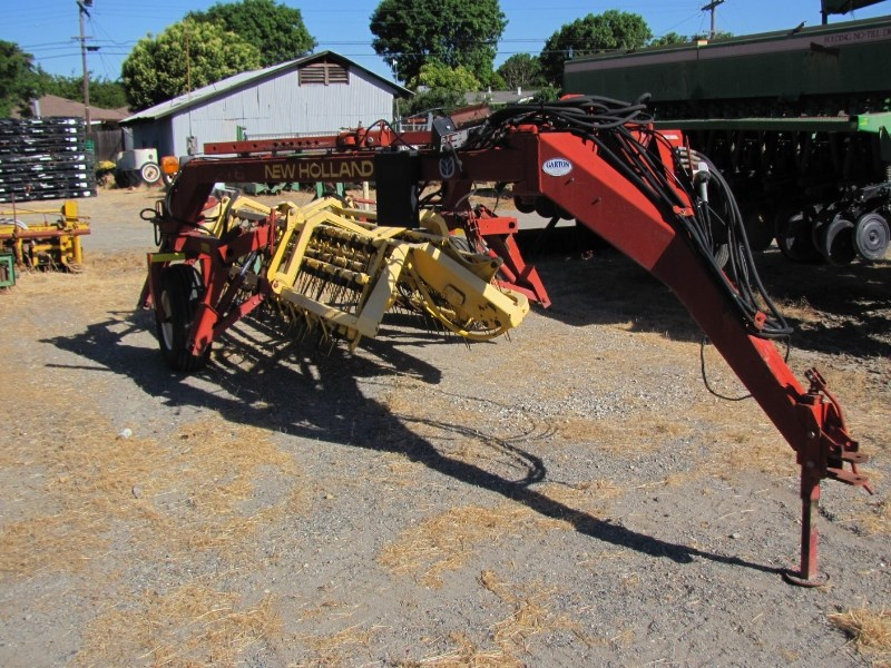 New Holland 216 Hay Rake-Rotary For Sale