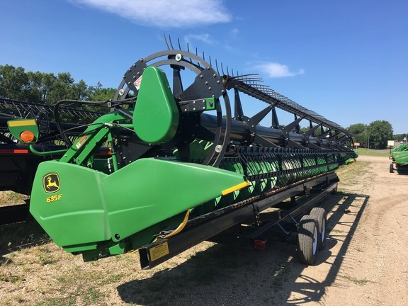 2010 John Deere 635F Header-Auger/Flex For Sale
