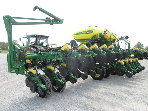2015 John Deere 1795 Planter For Sale