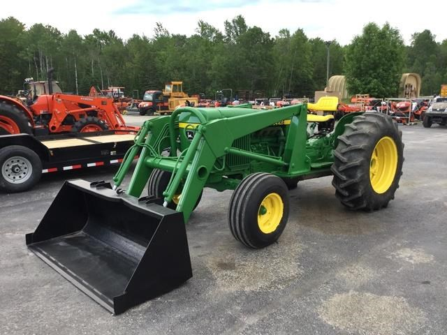 1979 John Deere 2440 Tractor For Sale