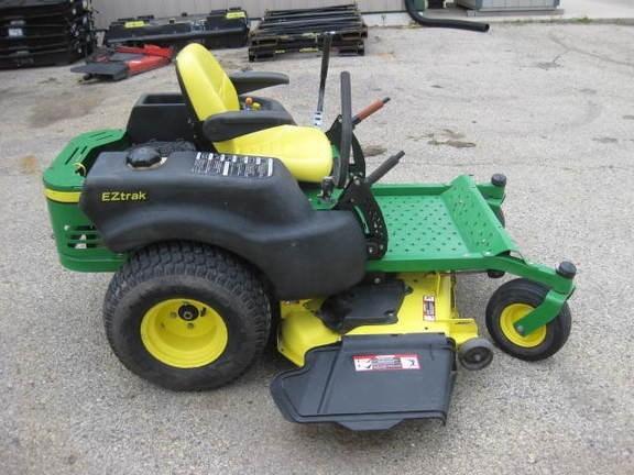 John Deere Z445 Riding Mower For Sale