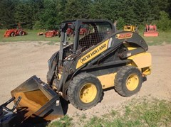 Skid Steer For Sale:  2012 New Holland L225