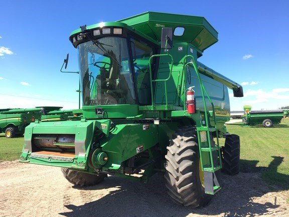 2001 John Deere 9550 Combine For Sale