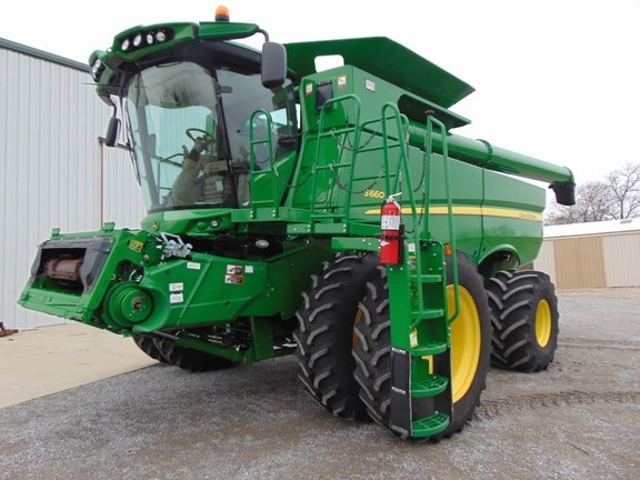 2015 John Deere S660 Combine For Sale