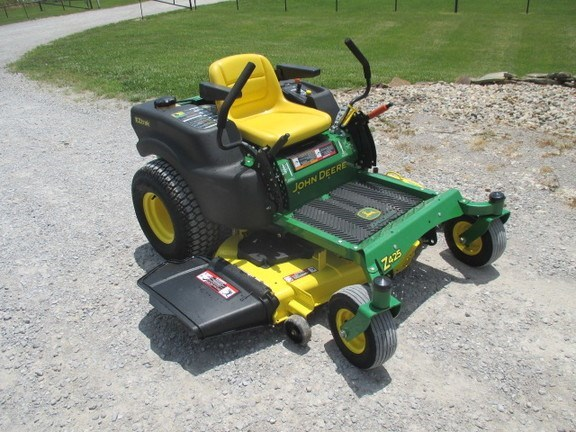 2009 John Deere Z425 Riding Mower For Sale