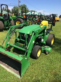 Tractor For Sale 2004 John Deere 4010 , 20 HP