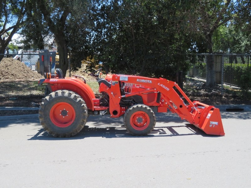 2016 Kubota L2501HST Tractor For Sale