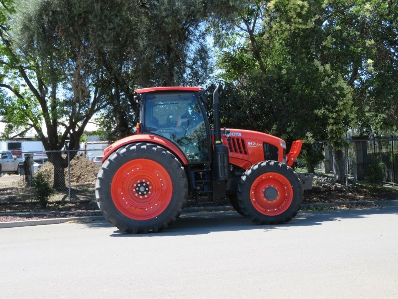 Kubota M7 Tractor For Sale