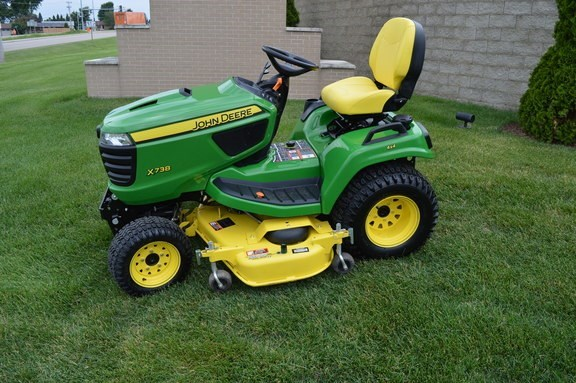 2016 John Deere X738 Riding Mower For Sale