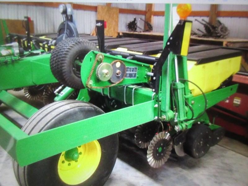 2011 John Deere 1780 Planter For Sale