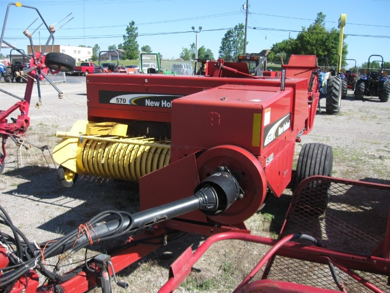 2005 New Holland 570STW Baler-Square For Sale