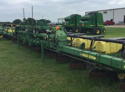 2002 John Deere 1720 Planter For Sale