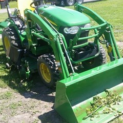 Tractor For Sale 2013 John Deere 2025R , 25 HP