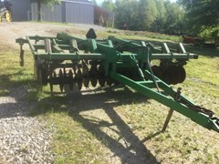 Plow-Chisel For Sale:  1987 John Deere 714