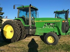 Tractor For Sale 1995 John Deere 8200 , 180 HP