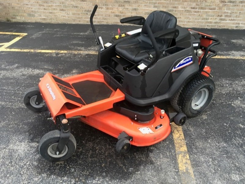 Simplicity ZT2000 Zero Turn Mower For Sale