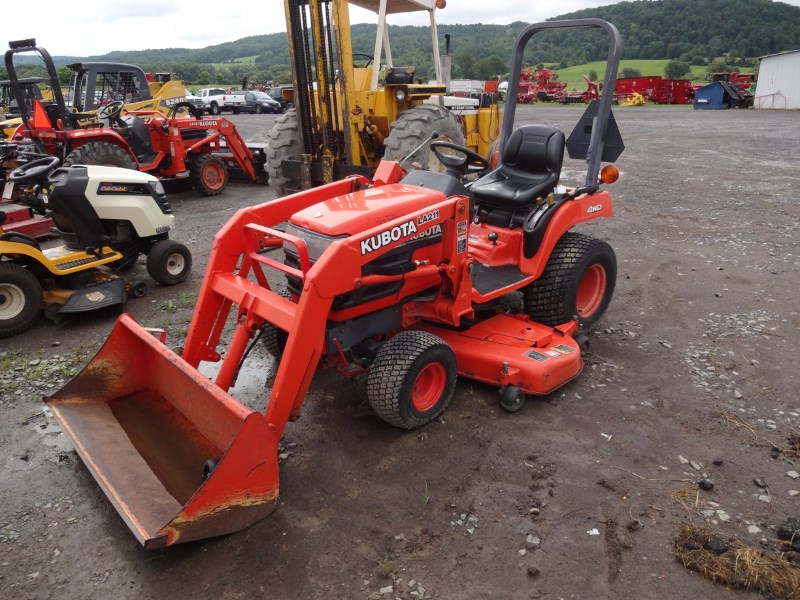 Kubota BX2200 Tractor - Compact For Sale