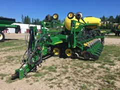 Planter For Sale:  2014 John Deere DB44