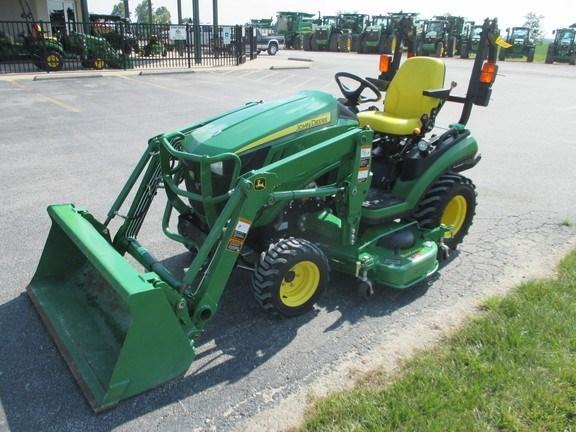 2014 John Deere 1025R Tractor For Sale