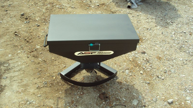 Other New hercules 50lbs. 12v road feeder Misc. Sport/Utility For Sale