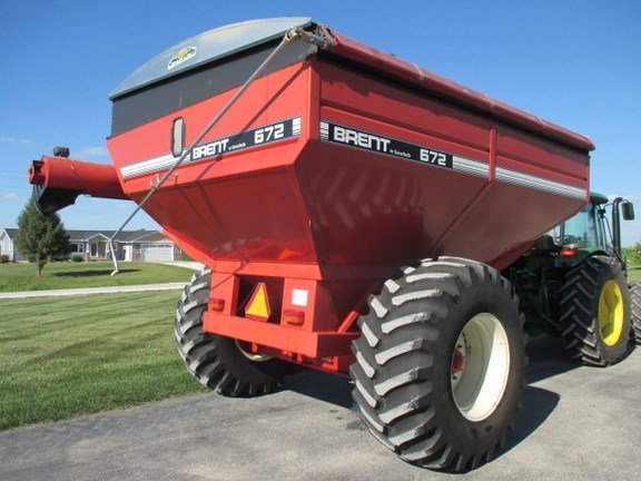 1998 Brent 672 Grain Cart For Sale