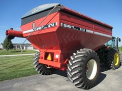 Grain Cart For Sale:  1998 Brent 672