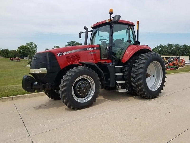 2012 Case IH MAGNUM 180 Tractor For Sale
