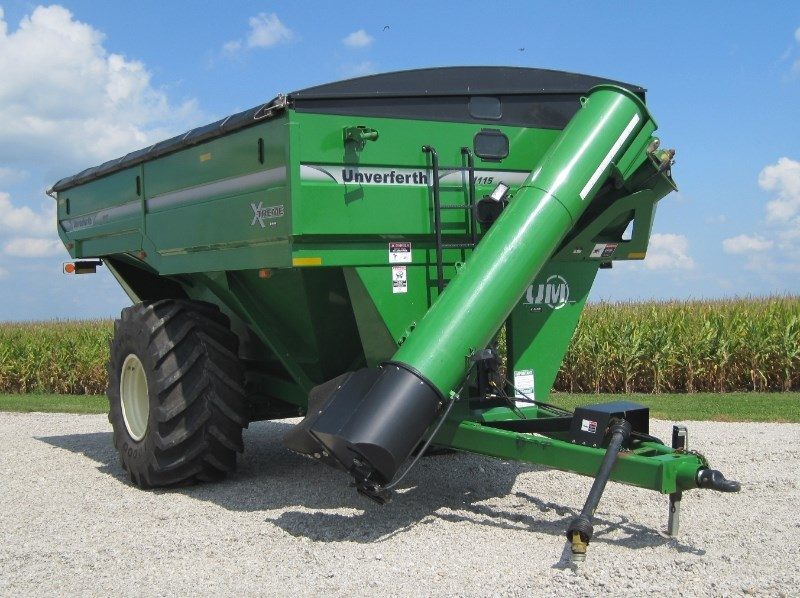 2010 Unverferth 1115 Grain Cart For Sale