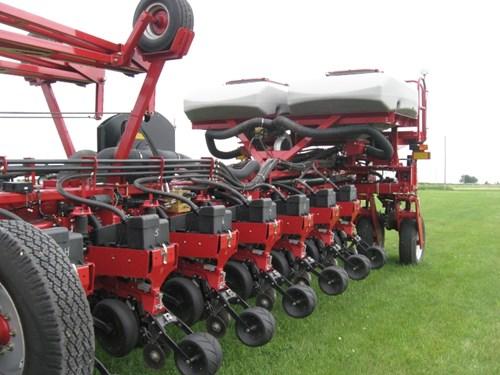 Planter For Sale:  2013 Case IH 1250